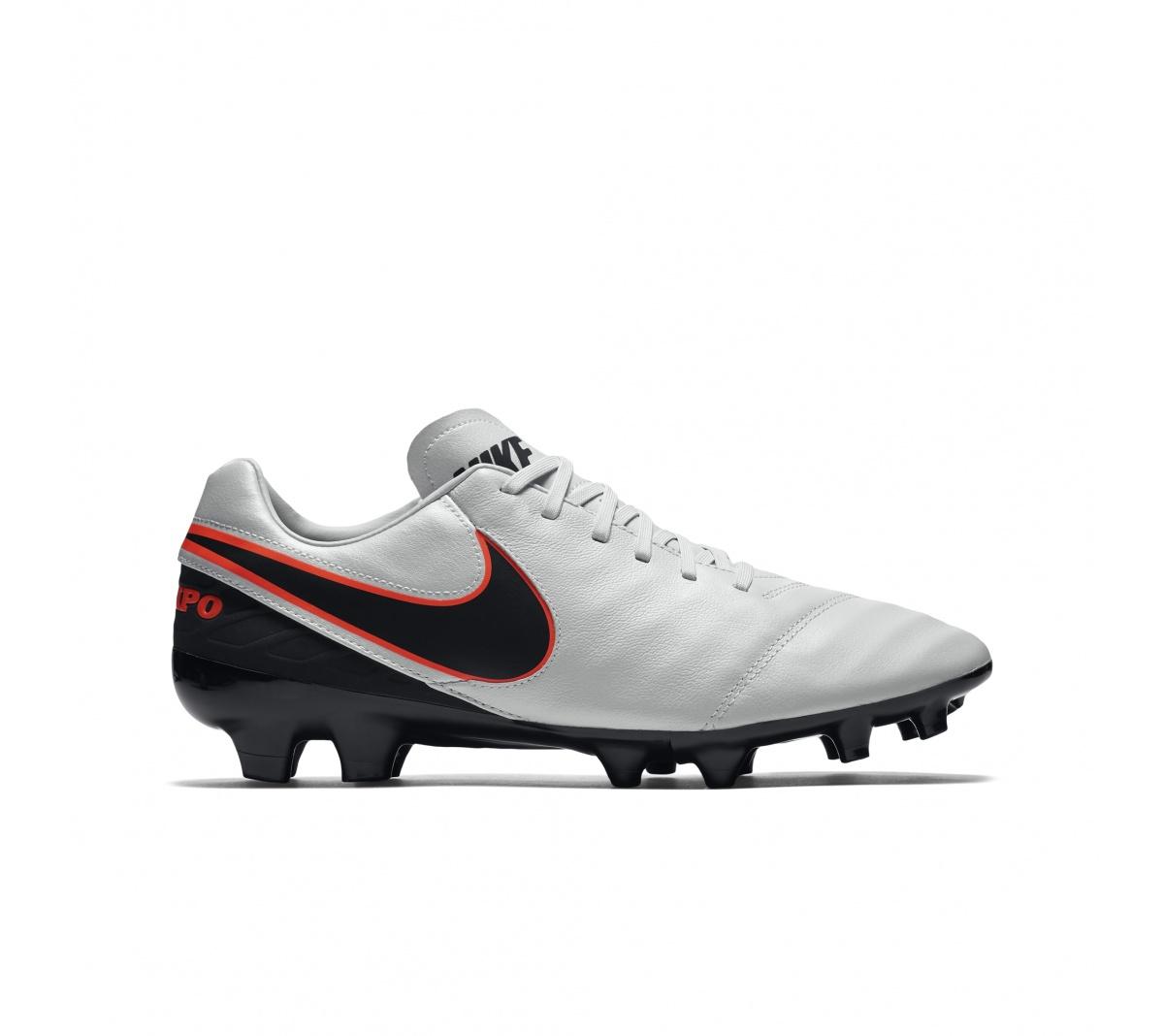fd2a204a61 Chuteira Nike Tiempo Mystic FG Branco com Preto - Mundo do Futebol
