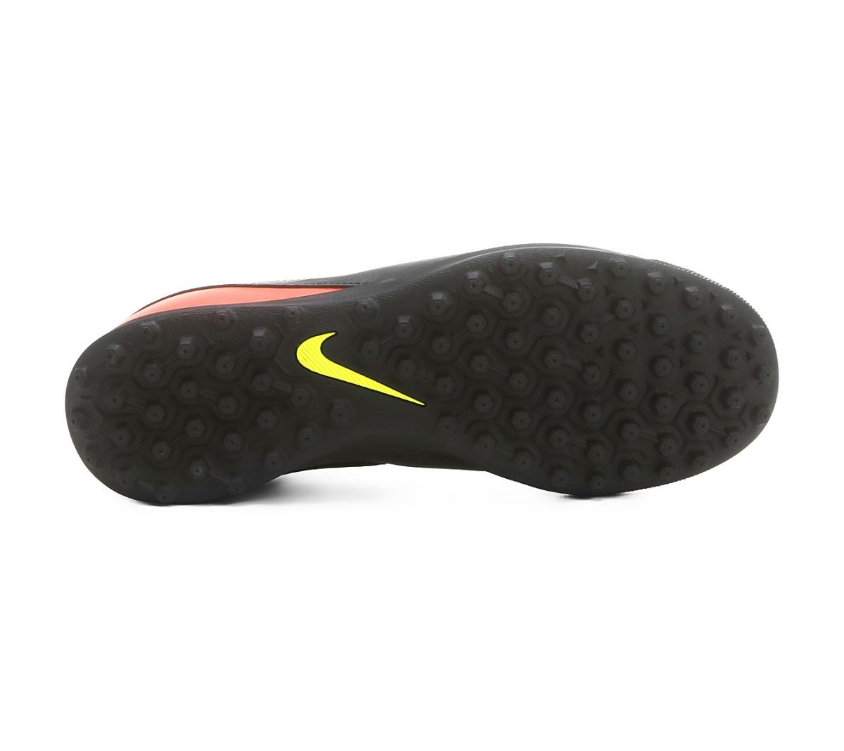Chuteira Nike Tiempo Rio III Society